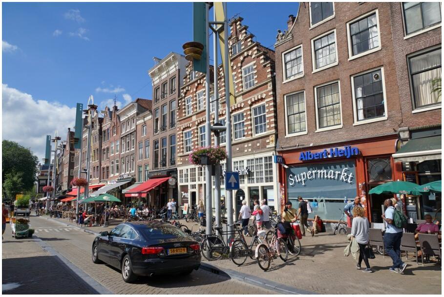Amsterdam 103 Nieuwmarkt